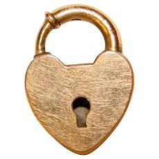 Gorgeous 1940s Gold Colored HEART LOCK Vintage Charm Clasp
