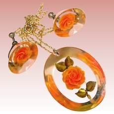 Gorgeous ORANGE ROSE Reverse Carved Lucite Vintage Necklace & Earrings Set