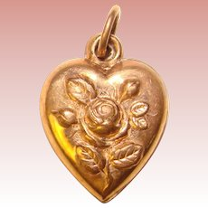 Gorgeous Gold Filled PUFFY HEART Raised Flower Design Charm