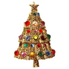 Fabulous HOLLYCRAFT Colored Rhinestone Christmas Tree Vintage Brooch