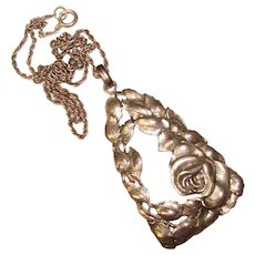 Fabulous STERLING Repoussé Pattern Vintage Pendant Necklace