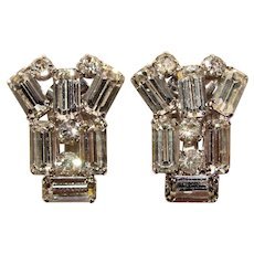 Fabulous AUSTRIA Clear Rhinestone Vintage Clip Earrings