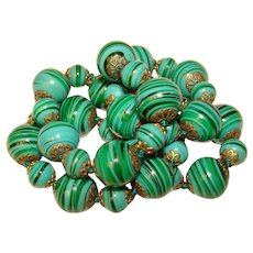 Fabulous GREEN Swirled Glass Vintage Bead Necklace