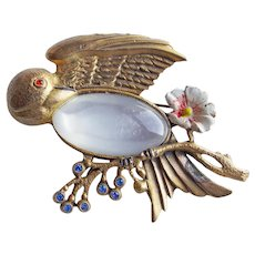 Gorgeous BIRD Moonglow Lucite Belly Vintage Brooch