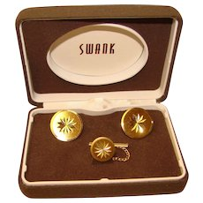 Awesome Bright Cut SWANK Cufflinks Set In Original Box