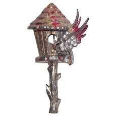 Awesome BIRD & BIRDHOUSE Vintage Brooch - 1940s Figural