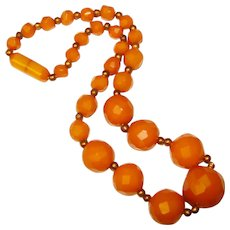 Fabulous FACETED BAKELITE Vintage Amber Colored Beads Necklace