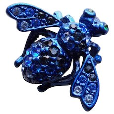 Awesome JOAN RIVERS Blue Rhinestone Bee Brooch