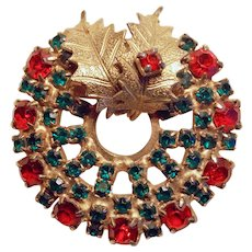 Gorgeous CHRISTMAS WREATH Red & Green Rhinestone Vintage Brooch