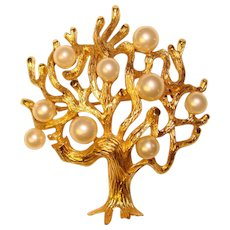 Fabulous TRIFARI Signed Faux Pearl Tree Design Vintage Brooch