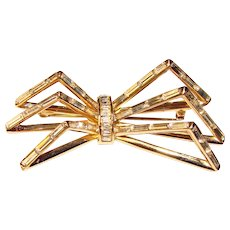 Fabulous COROCRAFT Signed Vintage Baguette Rhinestone Bow Shaped Brooch