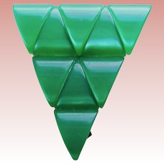 Gorgeous MOONGLOW LUCITE Green Vintage Dress Clip Brooch - Triangle Shaped