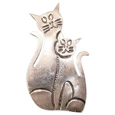 Awesome STERLING Cats In Love Vintage Brooch