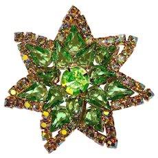 Fabulous GREEN & GREEN Aurora Rhinestones Vintage Brooch