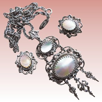 Fabulous WHITING & DAVIS Vintage Mother of Pearl Necklace Set