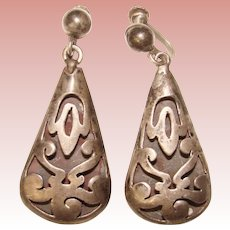 Gorgeous MEXICAN STERLING Shadow Box Cutwork Design Vintage Earrings