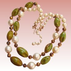 Fabulous Carved GREEN BAKELITE Vintage 2 Strand Necklace