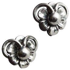 Gorgeous DANECRAFT STERLING Signed Flower Vintage Earrings - Screw Backs