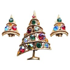 Fabulous WEISS Signed Rhinestone Christmas Tree Brooch & Earrings Set