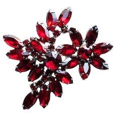 Gorgeous RED RHINESTONE Navette Stones Vintage Brooch