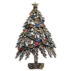 Gorgeous ART Signed Vintage CHRISTMAS TREE Rhinestone Brooch - Holiday Pin