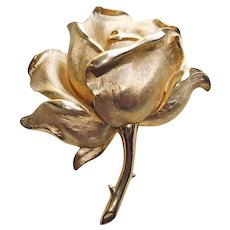 Gorgeous TRIFARI Signed Dimensional Rose Vintage Brooch