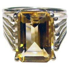 Fabulous STERLING Light Citrine Colored Stone Vintage Ring