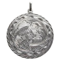Fabulous MEXICAN STERLING Engraved Design Vintage Pendant - Signed