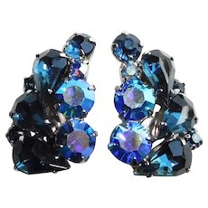 Gorgeous BLUE & BLUE AURORA Rhinestone Vintage Clip Earrings