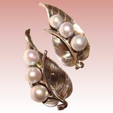 Fabulous MINGS Sterling & Gray Pearl Vintage Clip Earrings