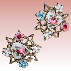 Gorgeous HEART Enamel & Rhinestone Vintage Earrings - Screw Backs