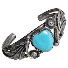 Fabulous STERLING & TURQUOISE Heart Stone Vintage Bracelet - Southwestern