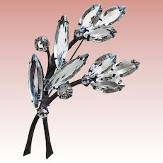 Gorgeous CLEAR CRYSTAL STONES Vintage Brooch - Open Backed