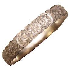 Fabulous STERLING SILVER Vintage Wide Engraved Pattern Bangle Bracelet