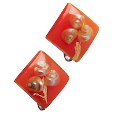 Gorgeous ORANGE LUCITE Embedded Shell Vintage Earrings - Screw Backs