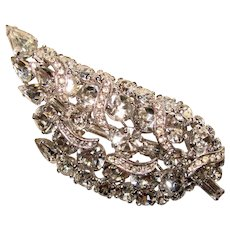 Fabulous WEISS Signed CLEAR RHINESTONE Vintage Pin Brooch