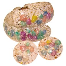 Fabulous Colored Shell Lucite Clamper Bracelet & Earrings Set