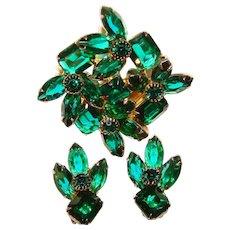 Fabulous GREEN Open Back Glass Stones Vintage Rhinestone Brooch Set