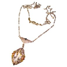 Fabulous ART DECO Filigree Clear Glass Stone Pendant Necklace