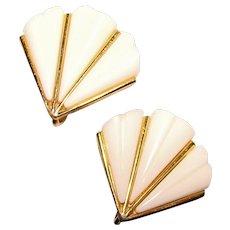 Gorgeous TRIFARI Signed White Plastic Vintage Clip Earrings - Fan Shaped