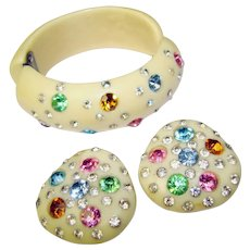 Fabulous 1950s PLASTIC & RHINESTONE Clamper Bracelet Set - with Clip on Earrings
