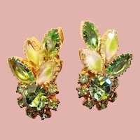 Fabulous GREEN Rhinestone Givre Glass Vintage Clip Earrings