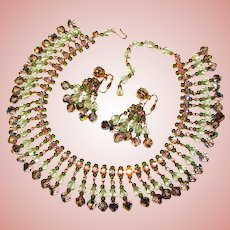 Fabulous GREEN Aurora Crystal Glass Rhinestone Vintage Dangle Collar Necklace Set