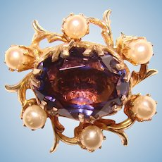 Gorgeous Dainty PURPLE GLASS Faux Pearl Vintage Brooch – Lapel or Doll Size