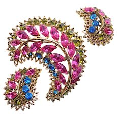 Fabulous FUCHSIA PINK Blue & Green Rhinestone Brooch Set