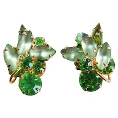 Fabulous D&E JULIANA Green Glass Rhinestone Clip Earrings