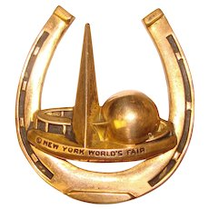 Fabulous NEW YORK WORLDS FAIR 1939 Vintage Lucky Horseshoe Brooch – Trylon Perisphere