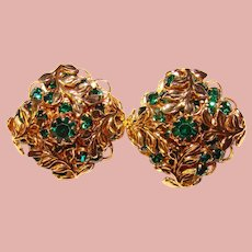 Fabulous EMERALD GREEN Rhinestone Vintage Clip Earrings