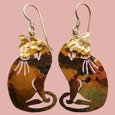 Awesome CAT Wild Bryde Pierced Dangle Earrings