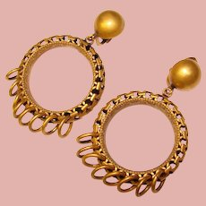 Fabulous Patterned Metalwork Vintage Dangle Hoop Clip Earrings